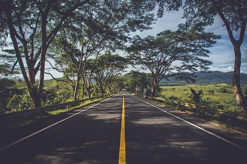 Beberapa Jalanan Indah di Indonesia Yang Buat Pangling